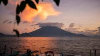Lever de soleil Lac Atitlan Guatemala